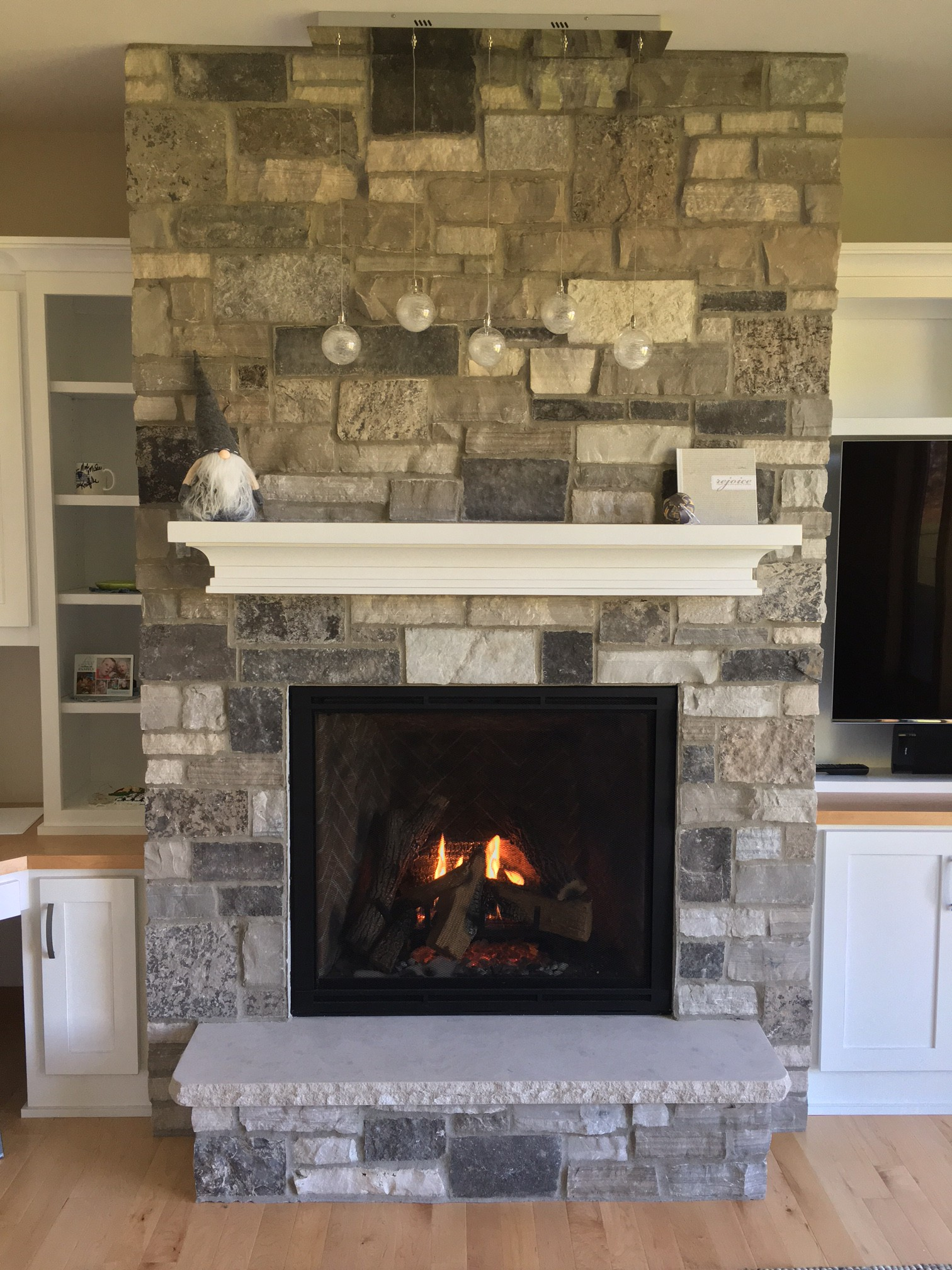 Project photos gagnon clay products for Stonecraft fireplaces