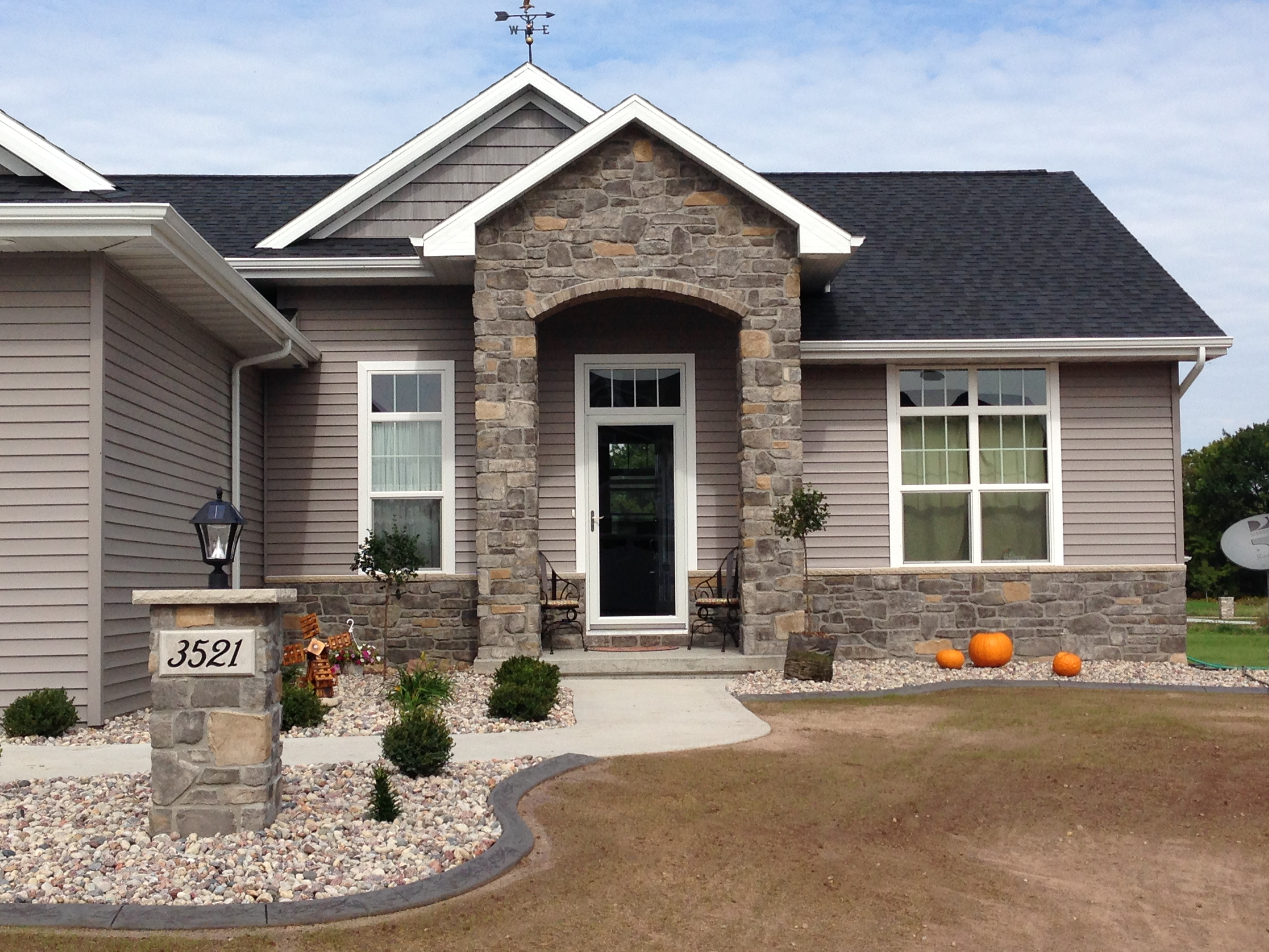 Plygem Summit Manor Stone Gagnon Clay Products